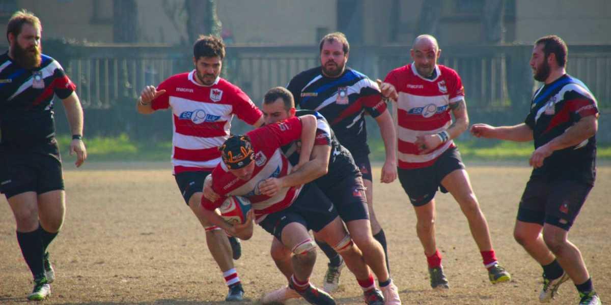 Niccolò Zoffoli in azione con la maglia del Rugby Forlì 1979